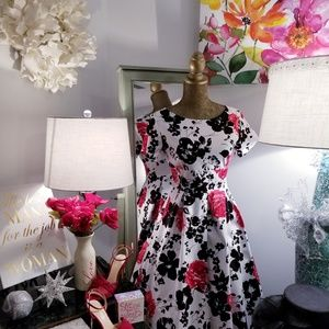 🌹🌹Beautiful Floral RETRO Vintage Style Dress
